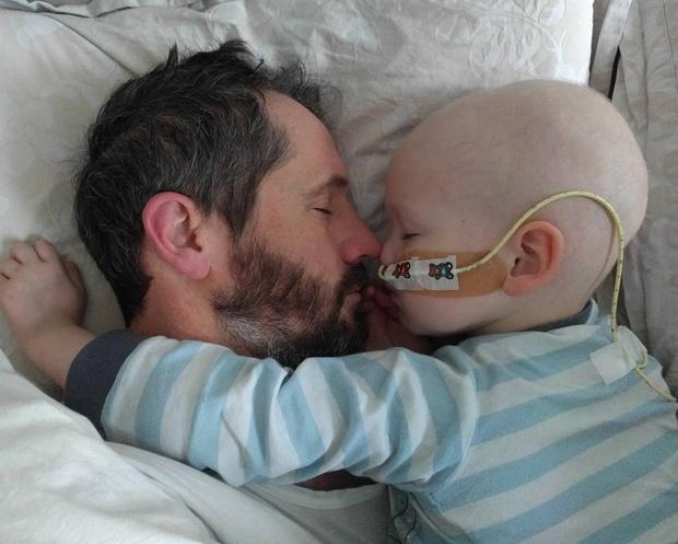 Фото №2 - Ради тяжелобольного ребенка принц Уильям стал супергероем