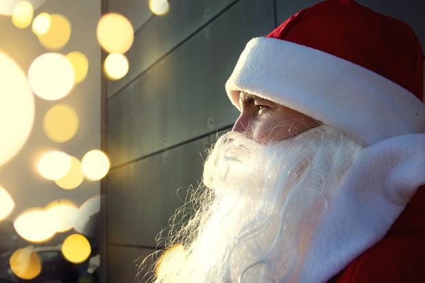 Фото №3 - Зачем Деду Морозу купальник, и еще 9 детских вопросов зимнему волшебнику