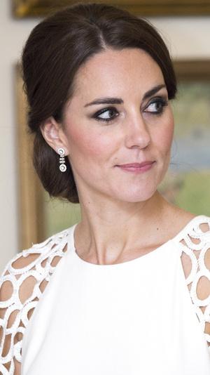 Фото №8 - Как менялся макияж герцогини Кейт за годы в королевской семье