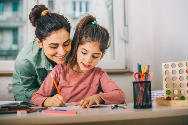 Фото №3 - Лучше любого подарка: 10 способов порадовать молодую маму