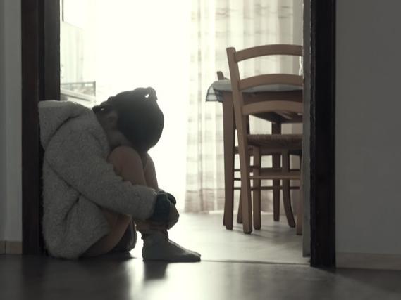 Стала известна судьба «девочки-маугли», найденной полтора года назад в заброшенной квартире в Москве