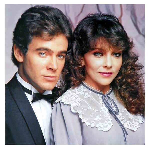Фото №15 - Как сейчас выглядят герои-любовники культовых латиноамериканских сериалов 1990-х