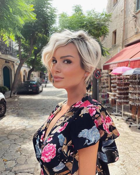 Фото №7 - Шорт-лист: самые стильные короткие женские стрижки 2021