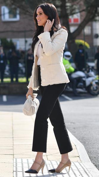 Фото №10 - Дипломатия стиля: 8 случаев, когда Меган делала заявления при помощи моды