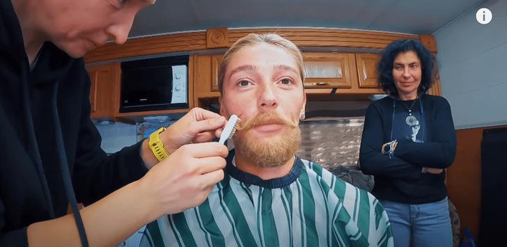 Фото №2 - Настя Ивлеева сыграет бородатого мужчину в новом фильме. У нас есть фотопруф!