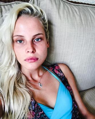 Фото №2 - Тает на глазах: что происходит с невестой  Ильи Глинникова