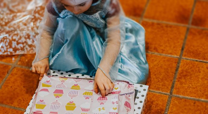 Девочка написала маме необычное письмо, чтобы узнать, что ей подарят