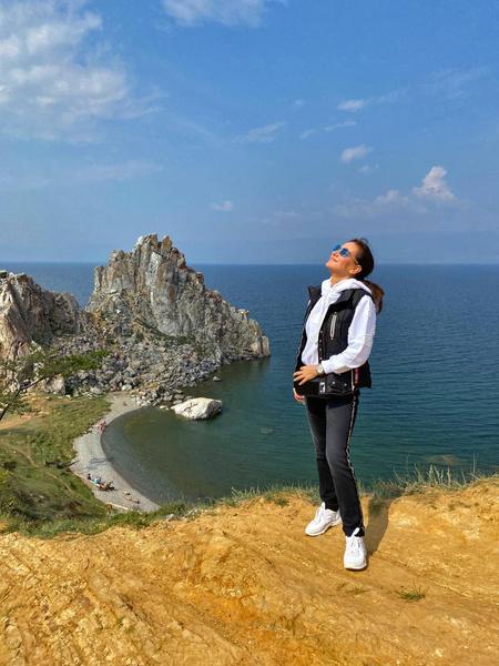 Фото №3 - Елена Север с сыновьями посетили Байкал