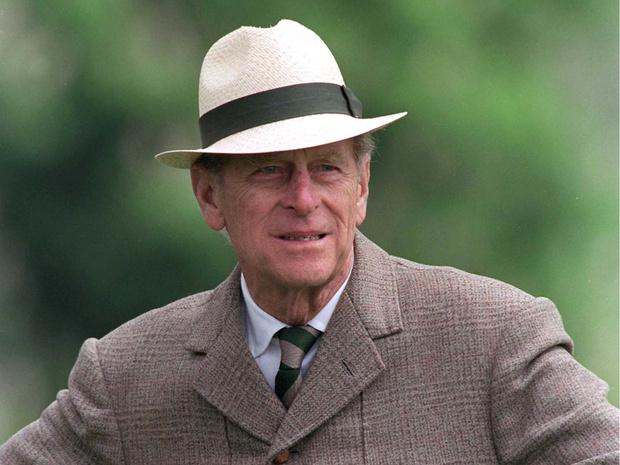 Фото №1 - Вспоминая принца Филиппа: самые острые и неполиткорректные цитаты Его Высочества
