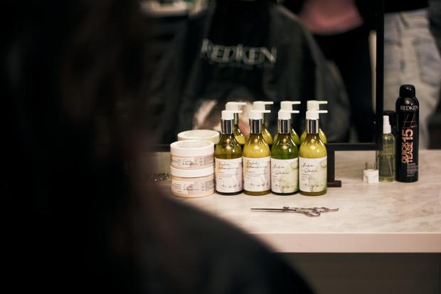 Фото №2 - Красота в мелочах: как сохранить волосы здоровыми