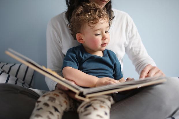 Фото №3 - Как отучить ребенка от рук: инструкция для измученных мам