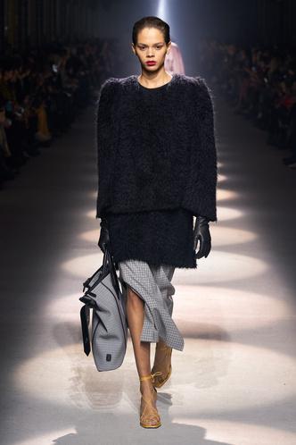 Фото №3 - Все связано: 5 самых модных свитеров для зимы 2020/21