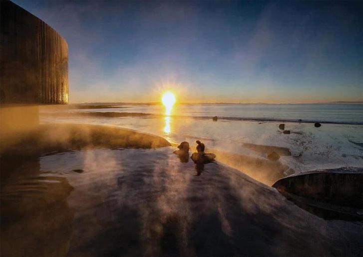 Фото №11 - Купальня Guðlaug baths в Исландии