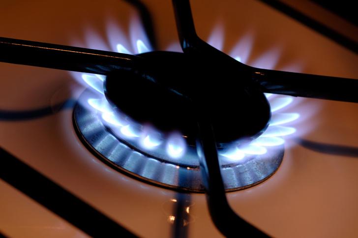 Фото №1 - Почему газ называют голубым топливом?