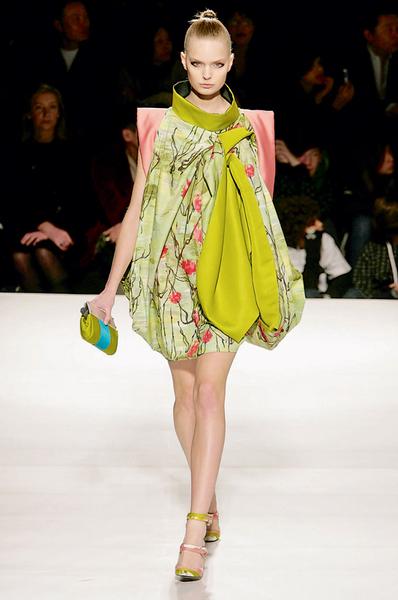 Фото №35 - 7 модных платьев, 7 модных интерьеров