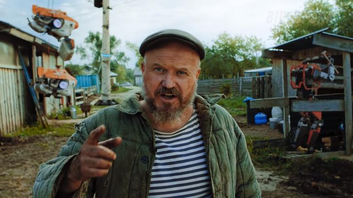 Фото №5 - «Русская кибердеревня». Видео, стремительно набирающее восторг и популярность в Интернете