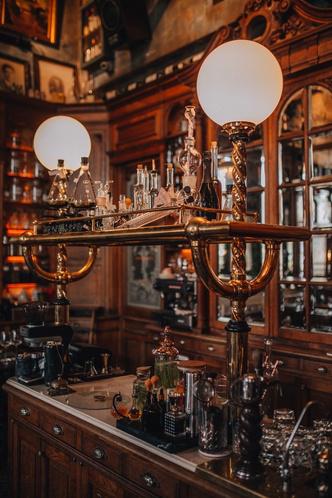 Фото №5 - Винный бар Pharmacie в Москве