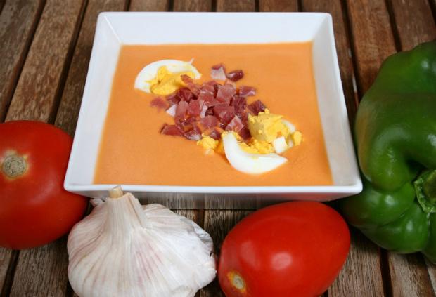 Испанский суп Salmorejo фото