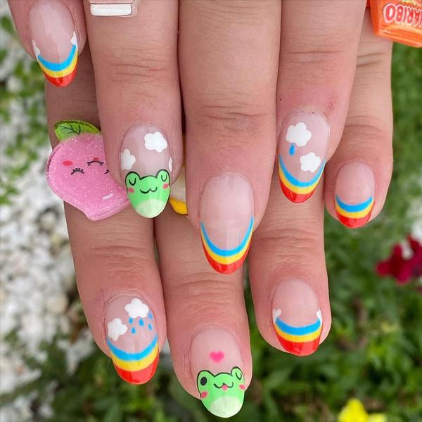 Фото №1 - Яркий маникюр: 12 летних идей для коротких ногтей