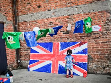 Юные англофилы представили свое видение британского флага.