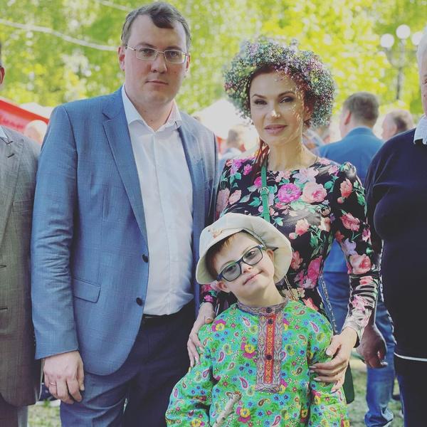 Эвелина Бледанс сын последние новости фото