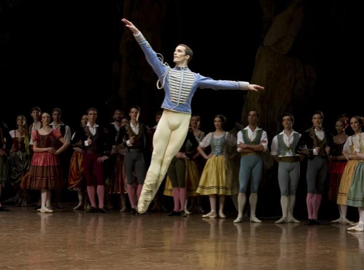 Фото №5 - Встречайте «Летние балетные сезоны» в Москве!