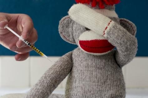 Ребенок после прививки: риск негативных реакций и осложнений