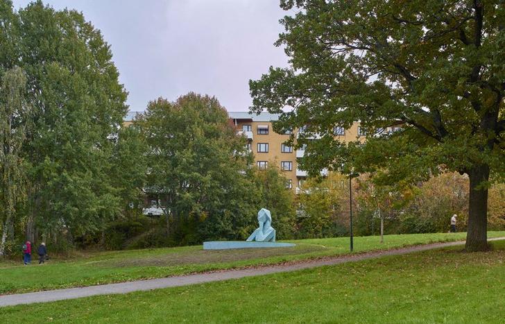 Фото №7 - Гигантские скульптуры в парках Стокгольма