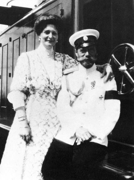 Фото №3 - За что любили и ненавидели последнюю российскую императрицу Александру Федоровну