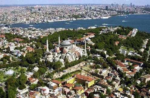 Фото №1 - В Стамбул - на выходные: что важно знать