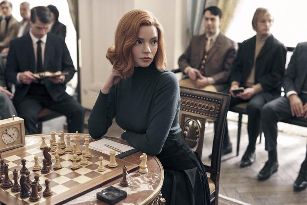 Фото №2 - Лучшие неформальные фото Ани Тейлор-Джой— той самой вундер-шахматистки из сериала «Ход королевы»
