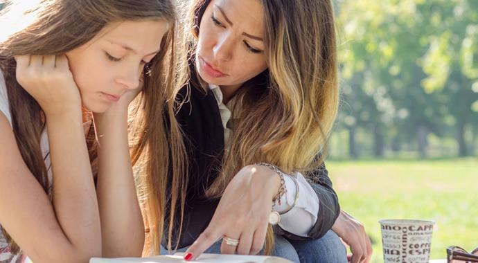 Строгие матери — успешные дочери