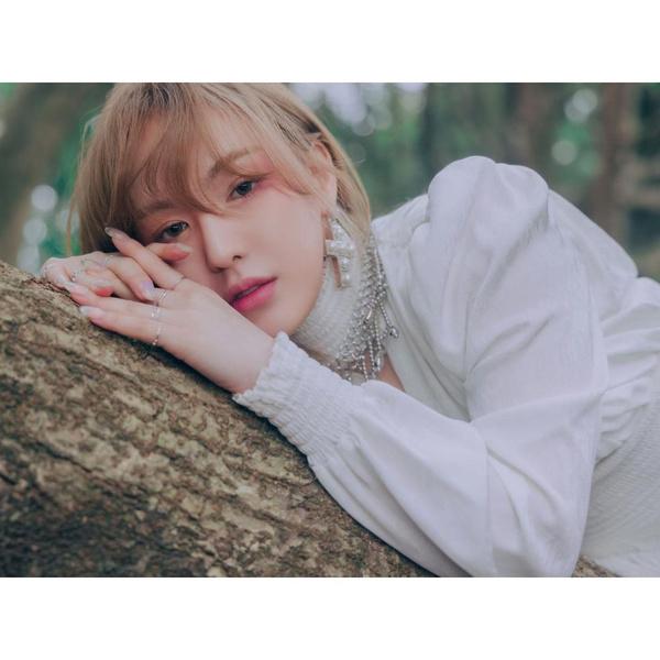 Фото №1 - Дебютный альбом Венди из Red Velvet возглавил чарты iTunes в 30 странах🎉