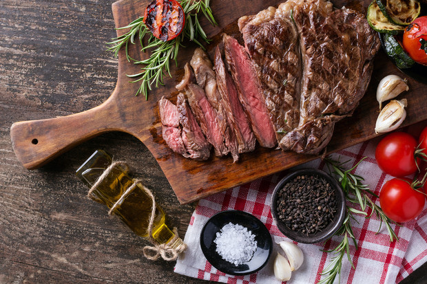 Фото №2 - 15 блюд, которые повар ни за что не станет есть в ресторане
