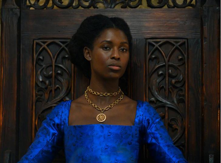 Фото №1 - Королевы, войны и интриги: 10 хороших фильмов о британской истории