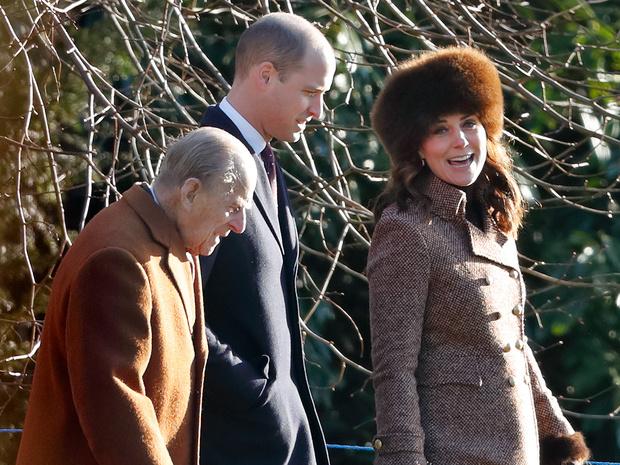 Фото №2 - Неожиданная забота: как принц Филипп помог Кейт освоиться во дворце