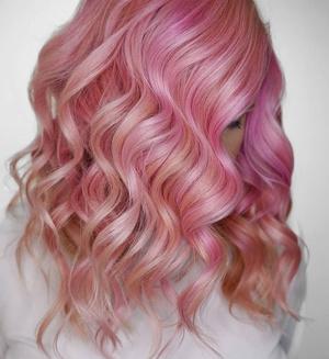 Фото №7 - Исследование: почему люди красят волосы в розовый цвет? 🌸