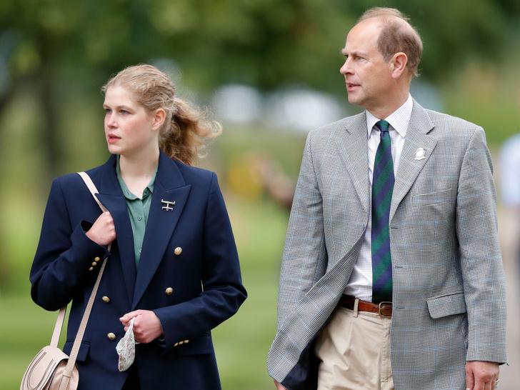 Фото №5 - Английская роза: британцы обсуждают преображение любимой внучки Королевы