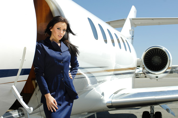 Фото №1 - Женщины с верху. Все о главном объекте твоих фантазий— стюардессах!