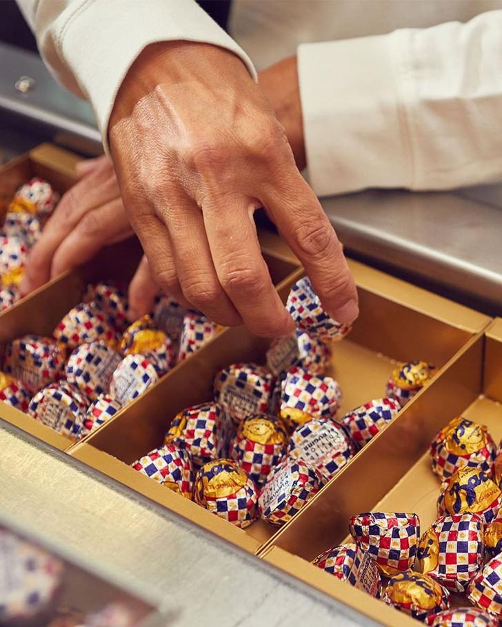 Фото №1 - Хочу шоколадные конфеты Dolce & Gabbana с орехом и лимонной начинкой