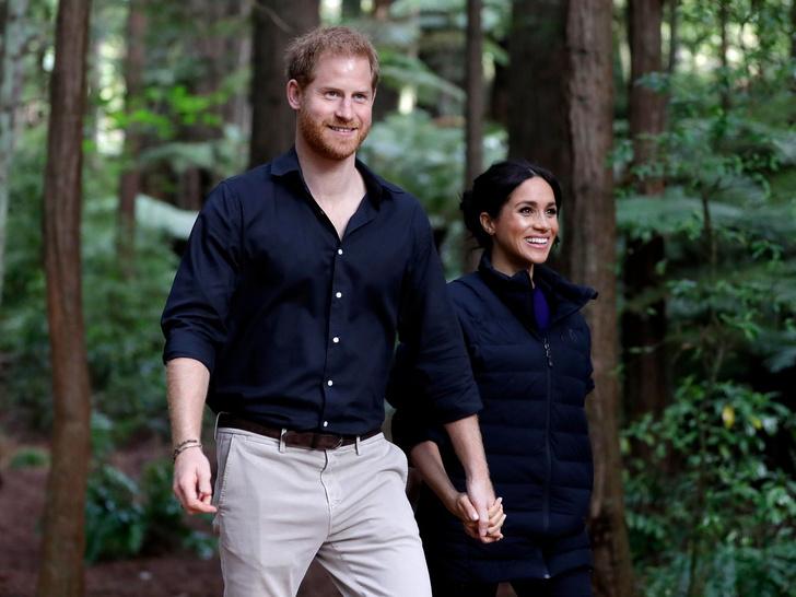 Фото №2 - Не Канада и не Америка: куда Меган и Гарри хотели переехать на самом деле (и почему ничего не вышло)