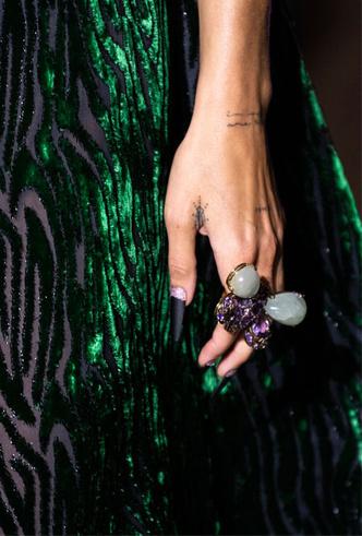 Фото №3 - Коктейльные кольца: самый яркий ювелирный тренд сезона