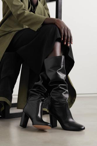 Фото №30 - Самые модные сапоги и ботильоны для осени и зимы 2021/22