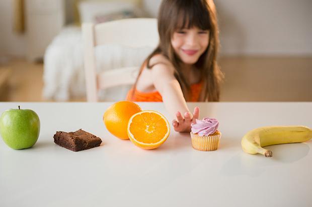 Фото №1 - 25 советов, как отучить ребенка от сладкого
