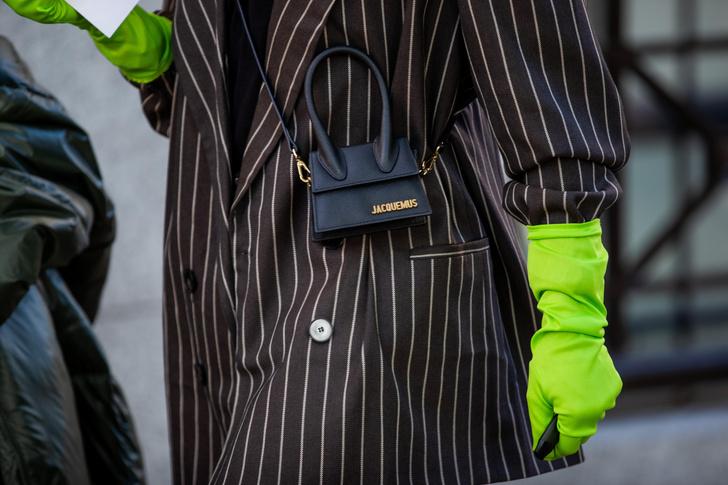 Фото №16 - В офис и на свидание: как носить модные неоновые оттенки