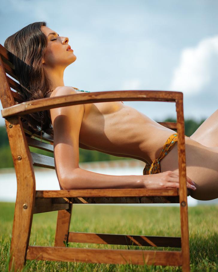 Фото №5 - Горячий эксклюзив! Кадры из фотосессии финалисток MISS MAXIM, не вошедшие в журнал
