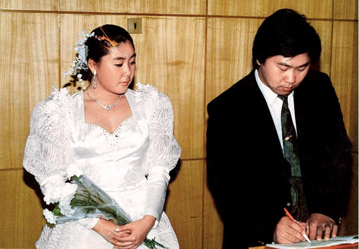 Фото №2 - Анита Цой: «Дважды уходила от мужа, но сын спас семью»