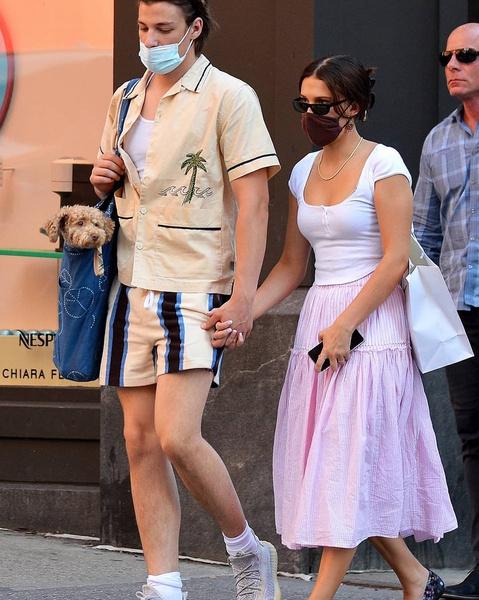 Фото №1 - Слух дня: Милли Бобби Браун встречается с сыном рокера Джона Бон Джови 🤯