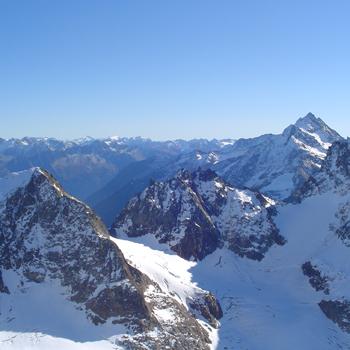 Пару лет назад альпийские курорты пережили кошмарную зиму. Но в этом сезоне экстремалы могут не беспокоиться.