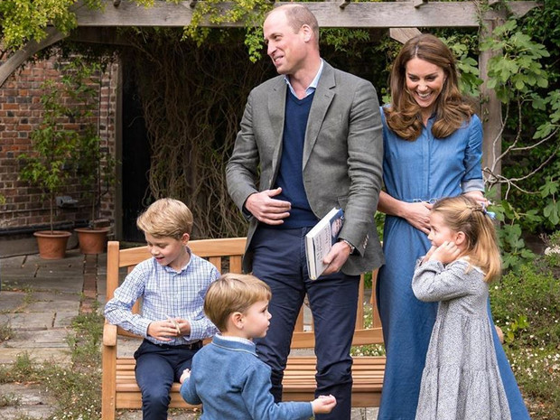 Фото №1 - Строгие родители: почему Кейт и Уильям запрещают детям смотреть телевизор